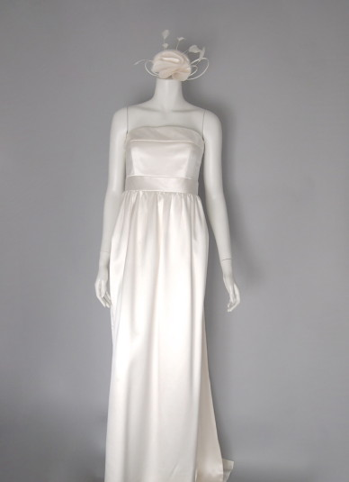 Silk-satin Long-train Dress3